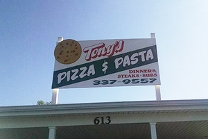 Tony's Pizza & Pasta Exterior